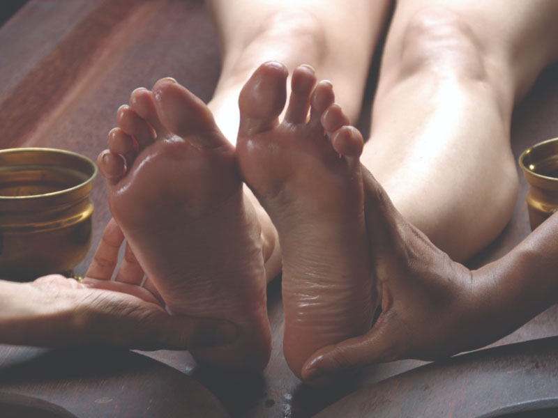foot-care-massage